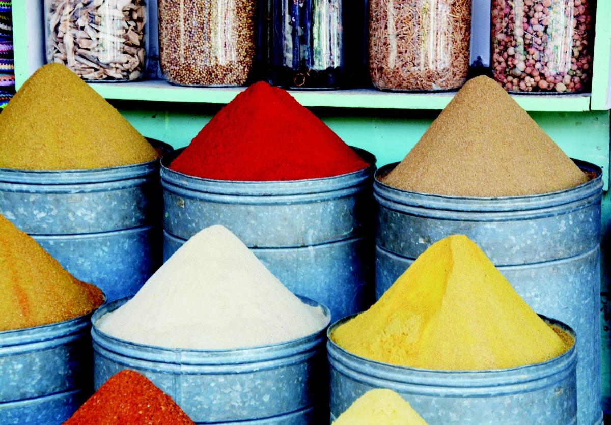 Marrakesh: fűszerek a bazárban