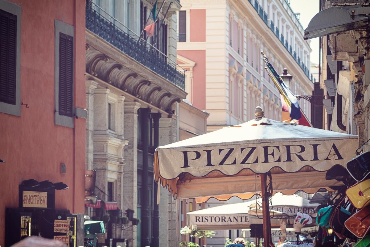 Róma, pizzeria