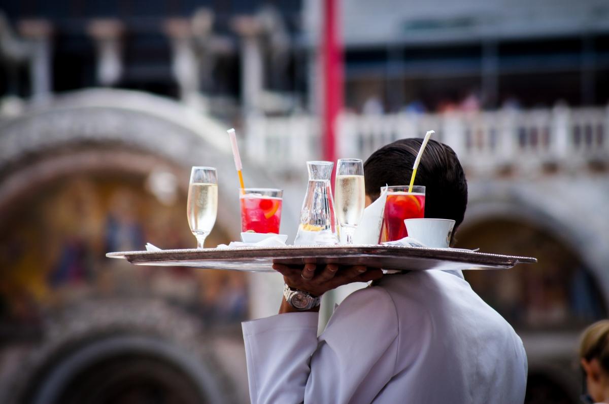 Így kezdődik egy jó este Rómában