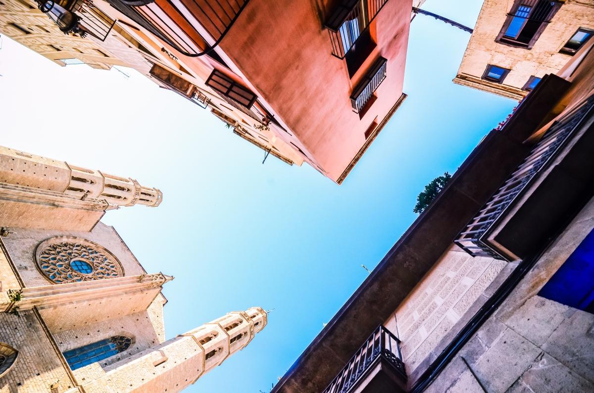 Barcelona: ne csak a lábad elé nézz!
